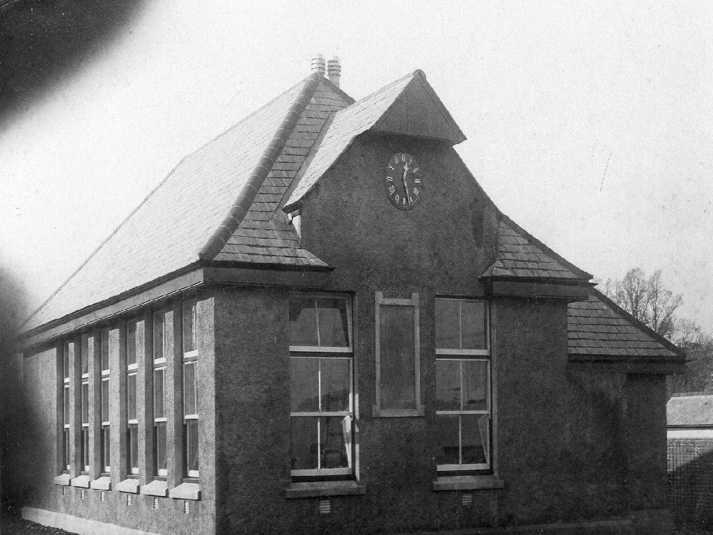 Landulph_School_Clock[1]